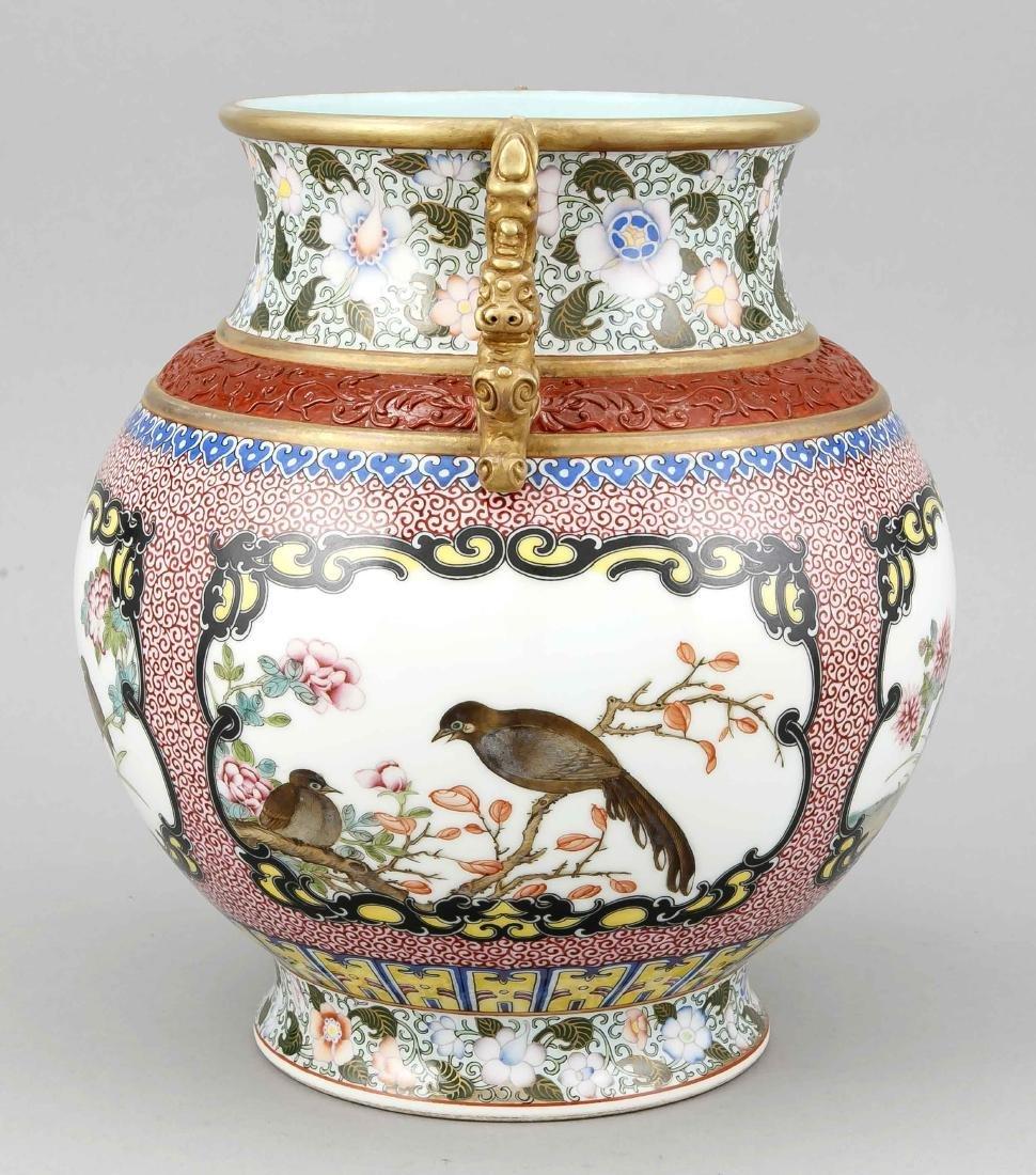 Famille-Rose-Vase, China, Mitte 20. Jh., bauchige Form - 3