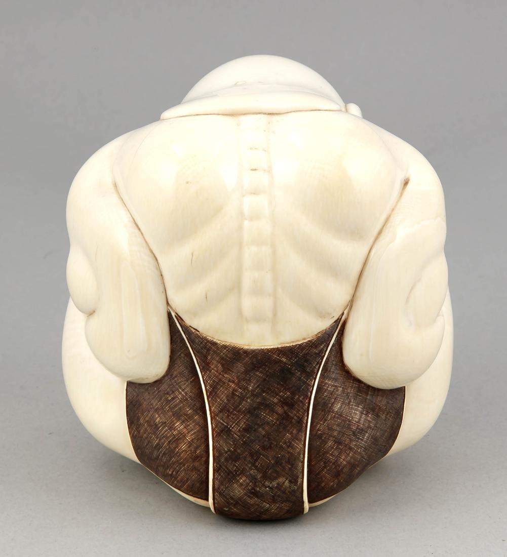 Figur eines Sumo-Ringers, Japan, 1. V. 20. Jh., - 2