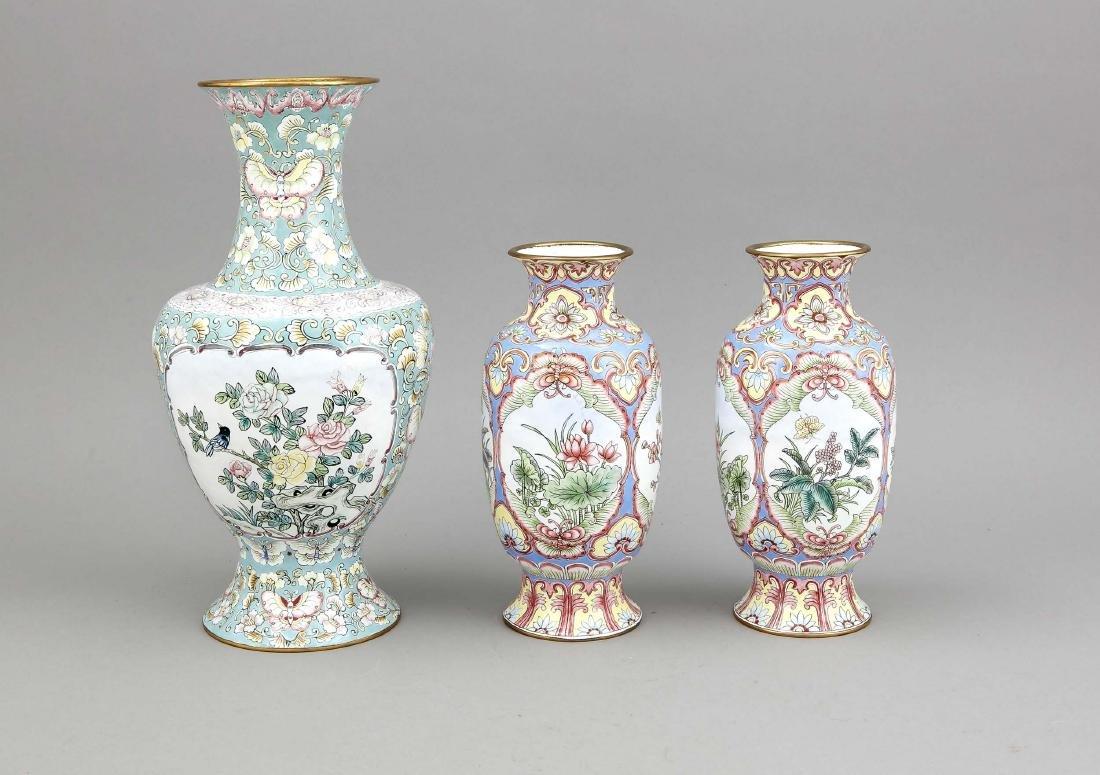 3 x Emaille-Vase, China, um 1900. Kupferkorpus - 2