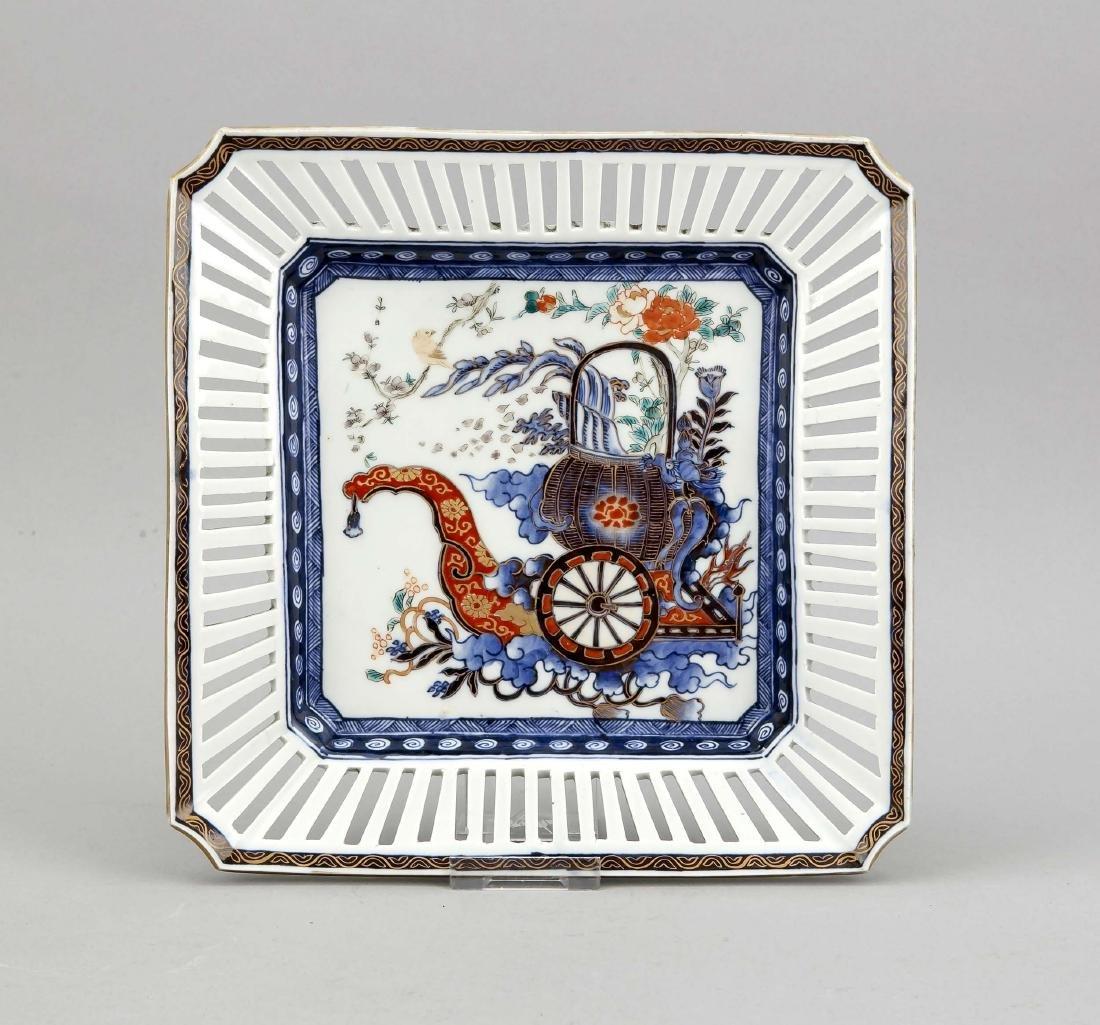quadratische Imari-Schale, China, 20. Jh., im Spiegel