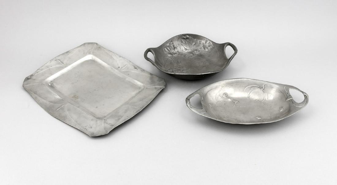 3 Zinntabletts, Deutschland, um 1900, 1 x rechteckige