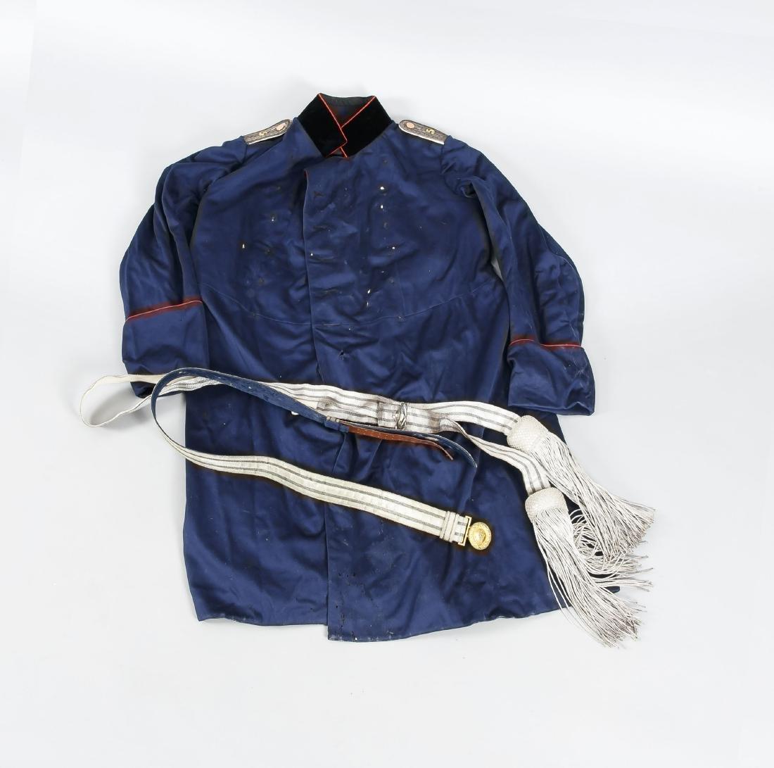 Preußische Uniform des 19. Jh., blauer Rock mit Label