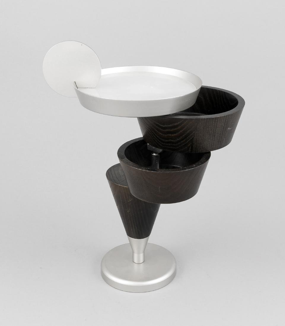 Großes Tischgefäß in Cocktail-Form, Italien, 2. H. 20.