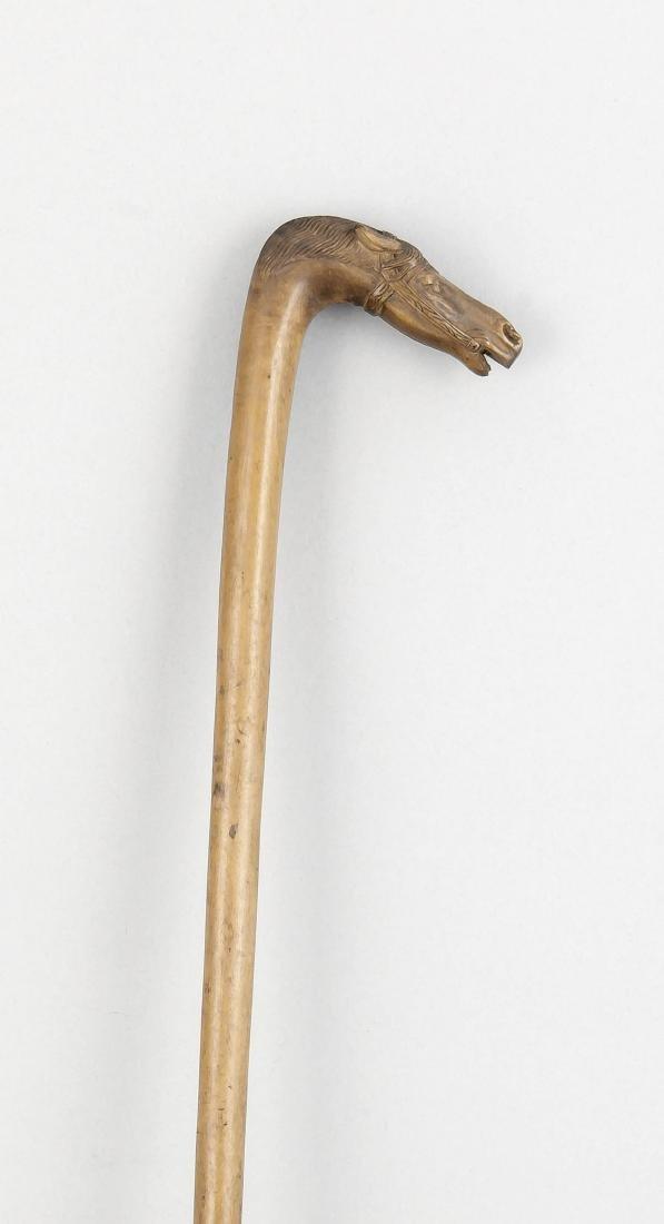Spazierstock mit geschnitztem Pferdekopf, Anfang 20.