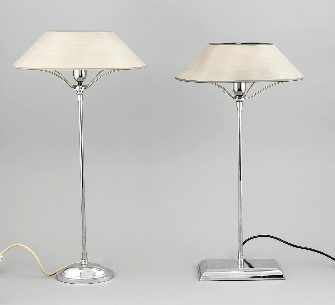 2 Lampen, 20. Jh., verchromt, langer Schaft, ovaler