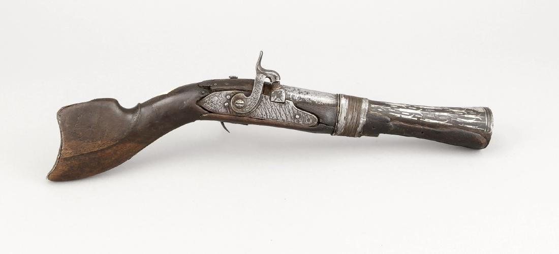 Perkussionspistole des frühen 19. Jh., Holzschäftung