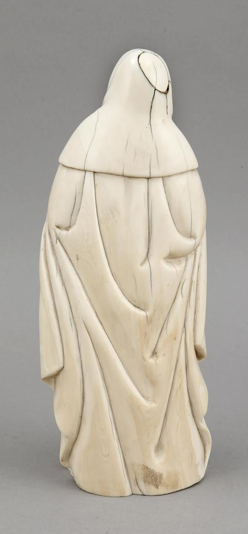Elfenbeinfigur einer Heiligen, wahrscheinlich Goa, - 2