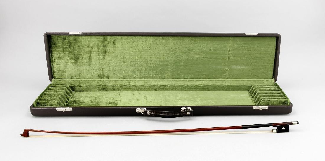 Geigenbogenkasten für max. 8 Bögen mit einem Bogen, mit