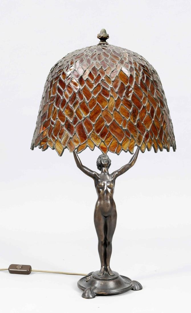 Figürliche Art-déco Lampe um 1920, elektr., 2-flg.,