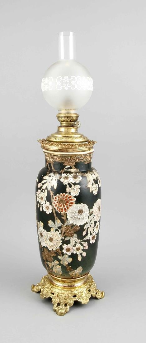 Japanische Keramikvase als Petroleumlampe montiert, 19.