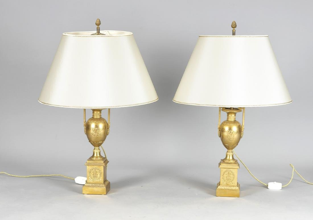 Paar Lampenfüße im Empirestil, 19. Jh., Bronze