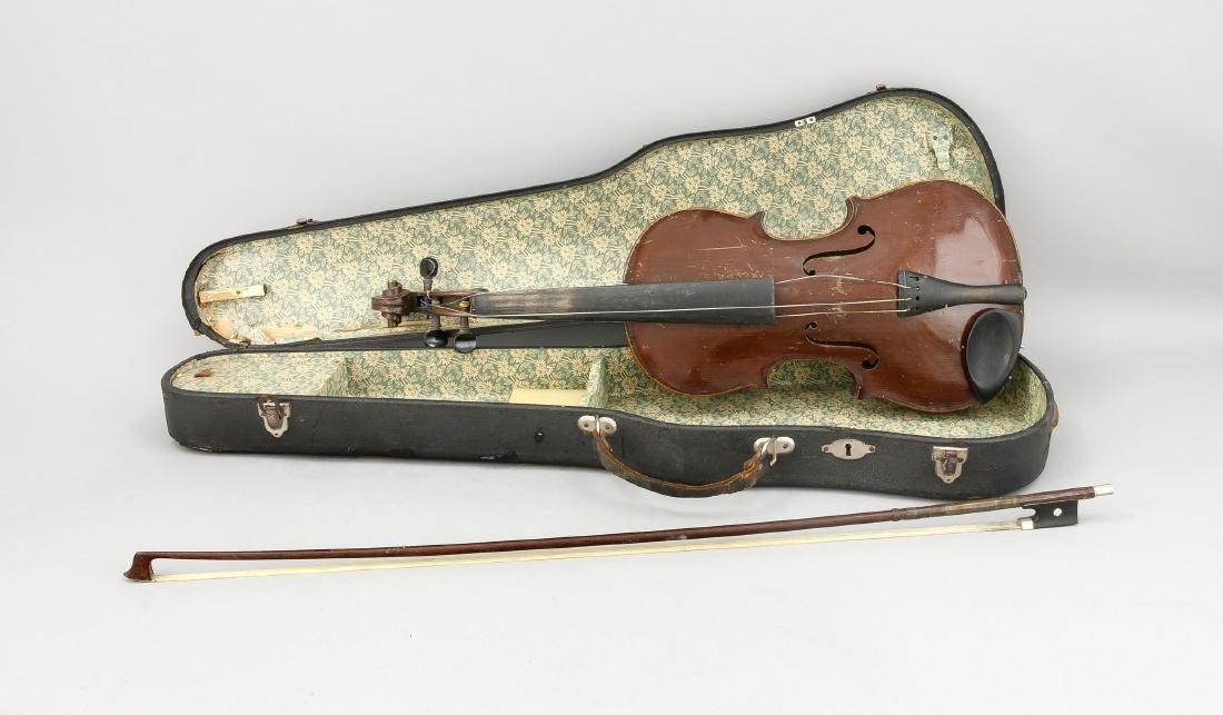 Alte Geige, bez. Antonius Stradivarius Cremonensis,
