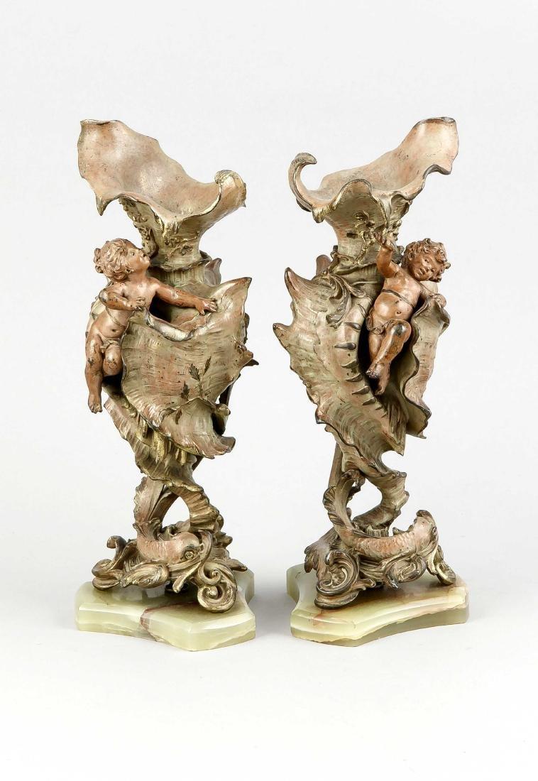 Paar Historismus-Vasen, 2. H. 19. Jh., Weißguss,