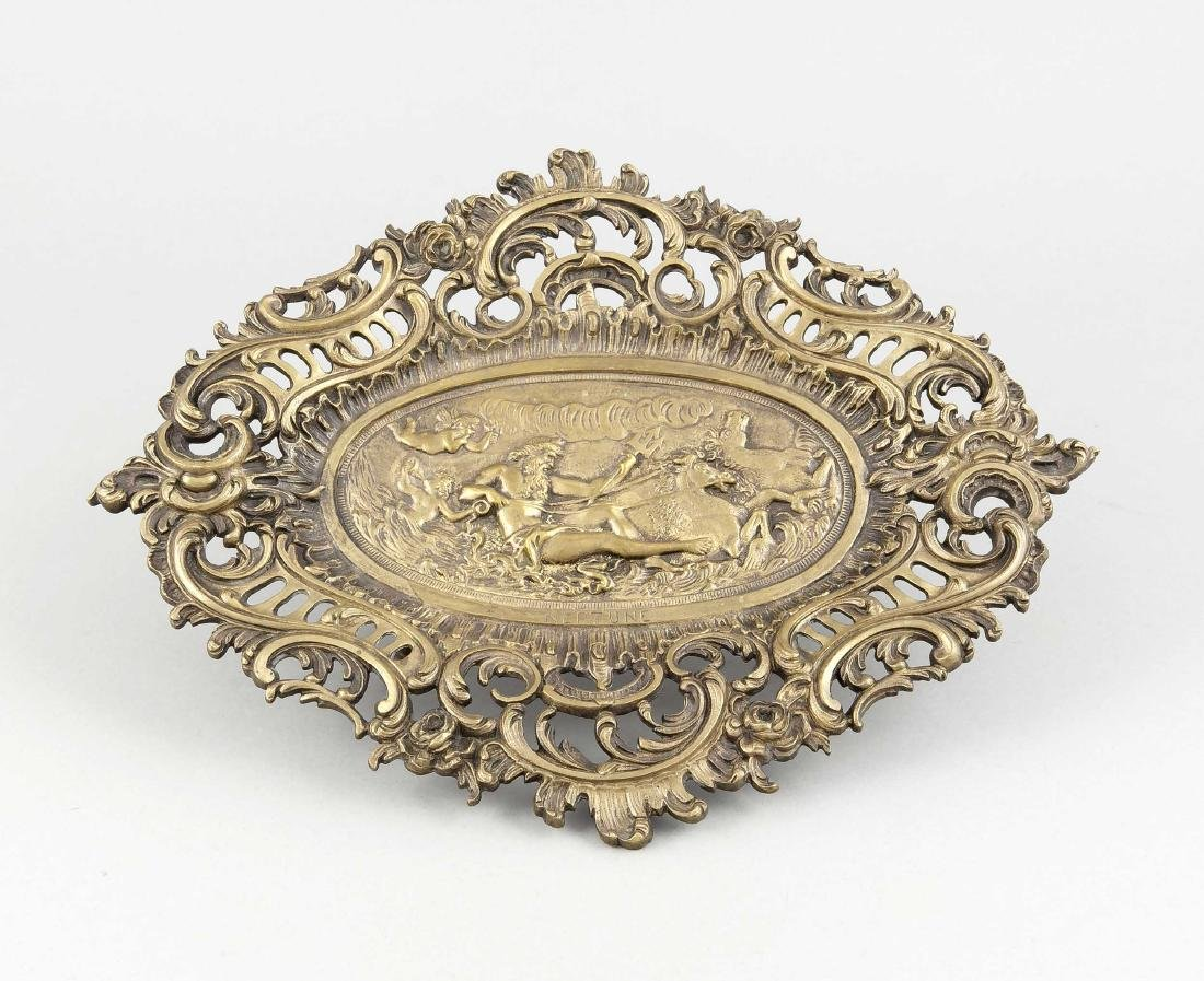 Historismus-Tafelaufsatz, spätes 19. Jh., Bronze,