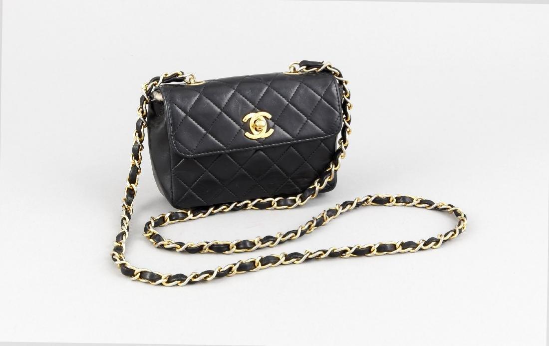 Chanel-Handtäschchen, 70er Jahre, schwarzes Leder mit