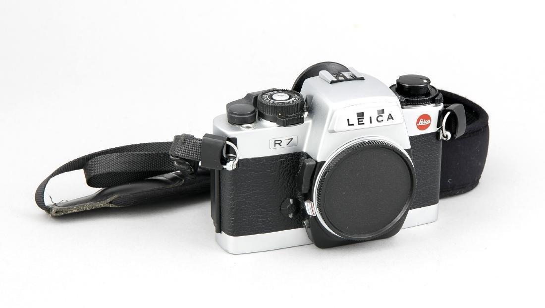 Leica R7 Gehäuse, silberfarben, mit Staubkappe