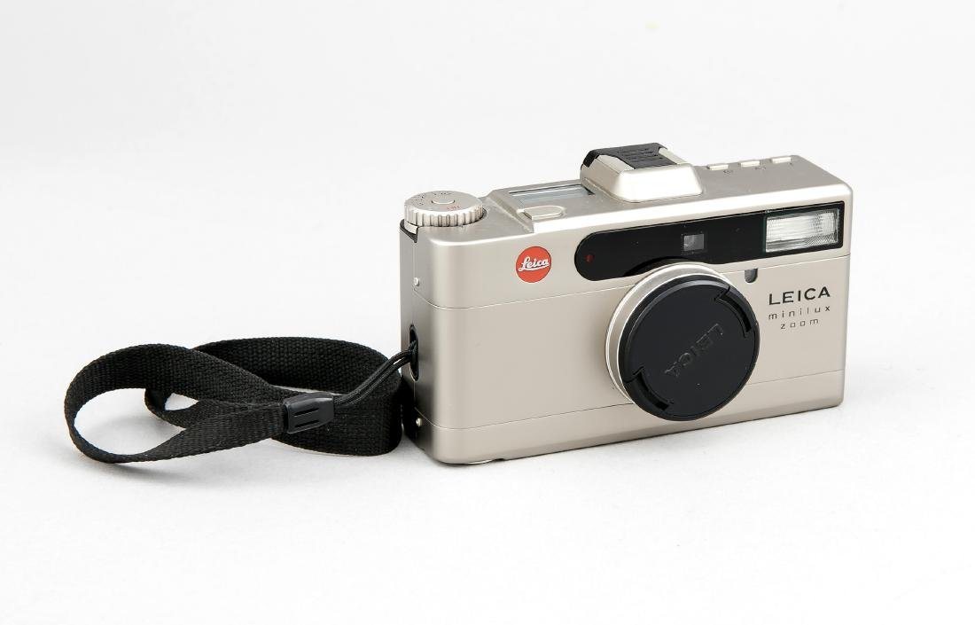 Leica Minilux Zoom Kamera 2449030 Titanfinish   German: