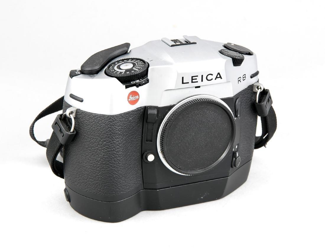 Leica R8 Kameragehäuse mit Motor-Winder und Staubdeckel