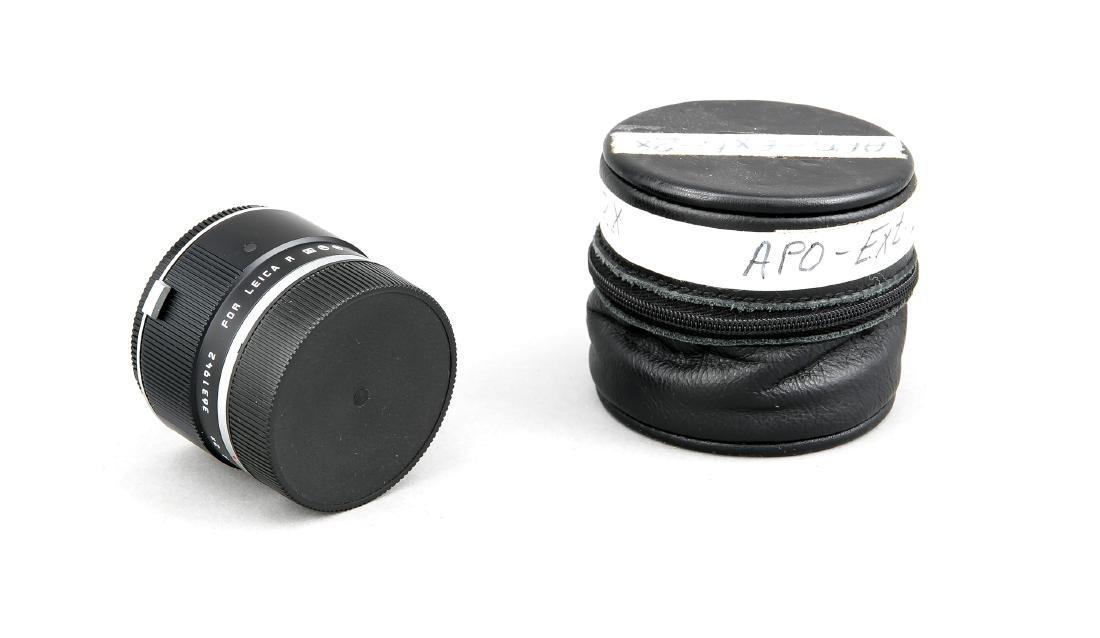 Leica Apo-Extender-R 2x, 3631942, mit Staubkappen und
