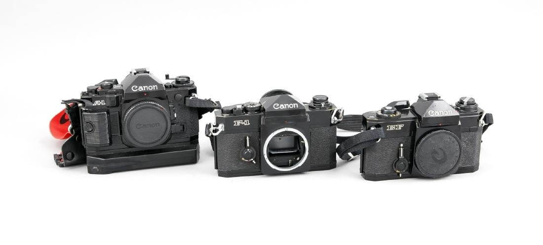 Drei Canon Kameras der 1970er Jahre, Canon EF, Canon