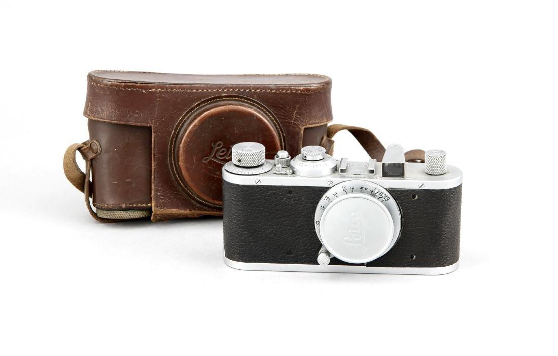 Leica I (Leica Standart Chrom), mit alter Blendenreihe