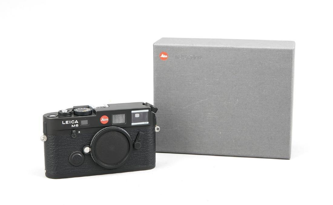 Leica M6 Gehäuse in Schwarz, 2682760, tadellos im