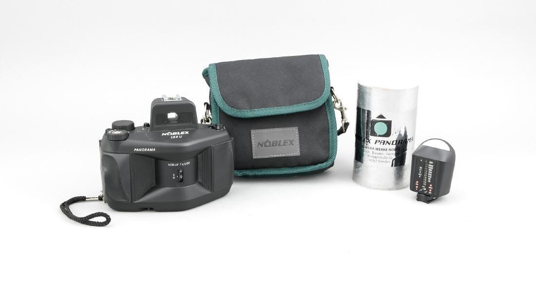 Noblex 135 U Panoramakamera mit Noblar T 4,5/29, in