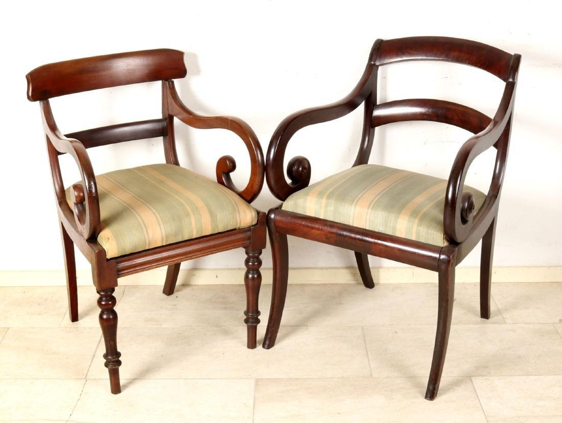 Zwei Biedermeier-Armlehnenstühle, 19. Jh., Mahagoni