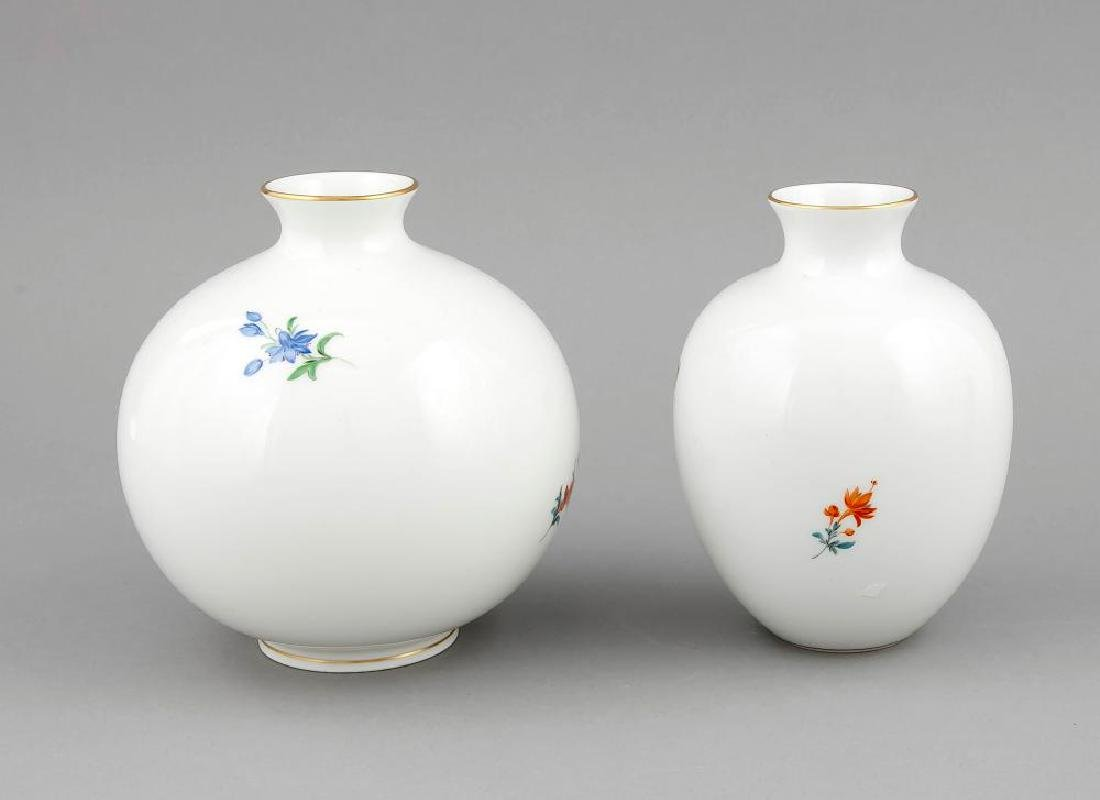 Two vases, Meissen, after 1950, a ball vase, 2nd - 4