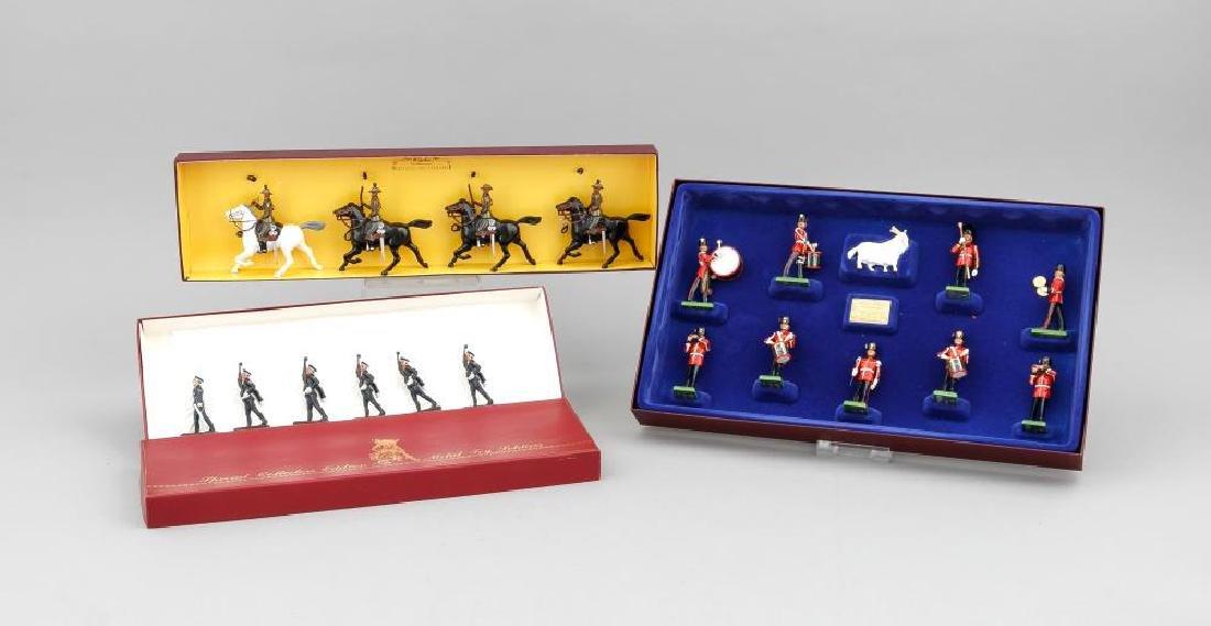 Konvolut von 3 Kartons Zinnfiguren, England, 20. Jh.