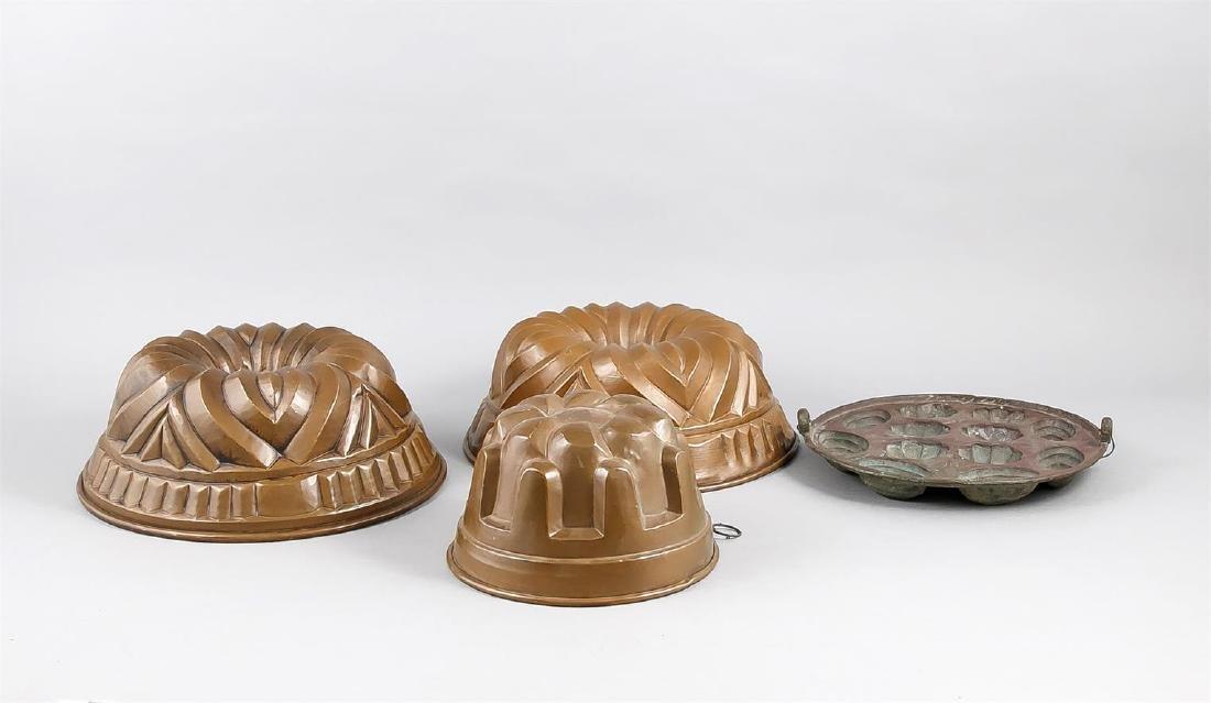 Konvolut von 4 Backformen, um 1920, Kupfer mit
