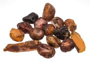 Mixed lot 38 amber chunks, 114