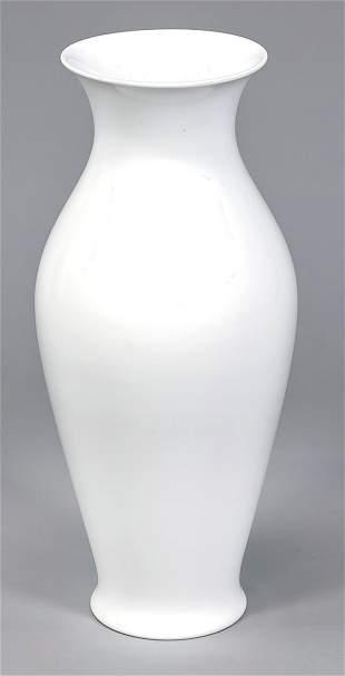 Large vase, KPM Berlin, form Chinese