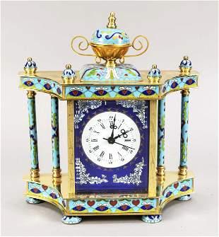 Cloisonné clock with white e