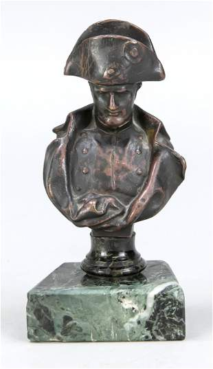 French sculptor c. 1900, sma