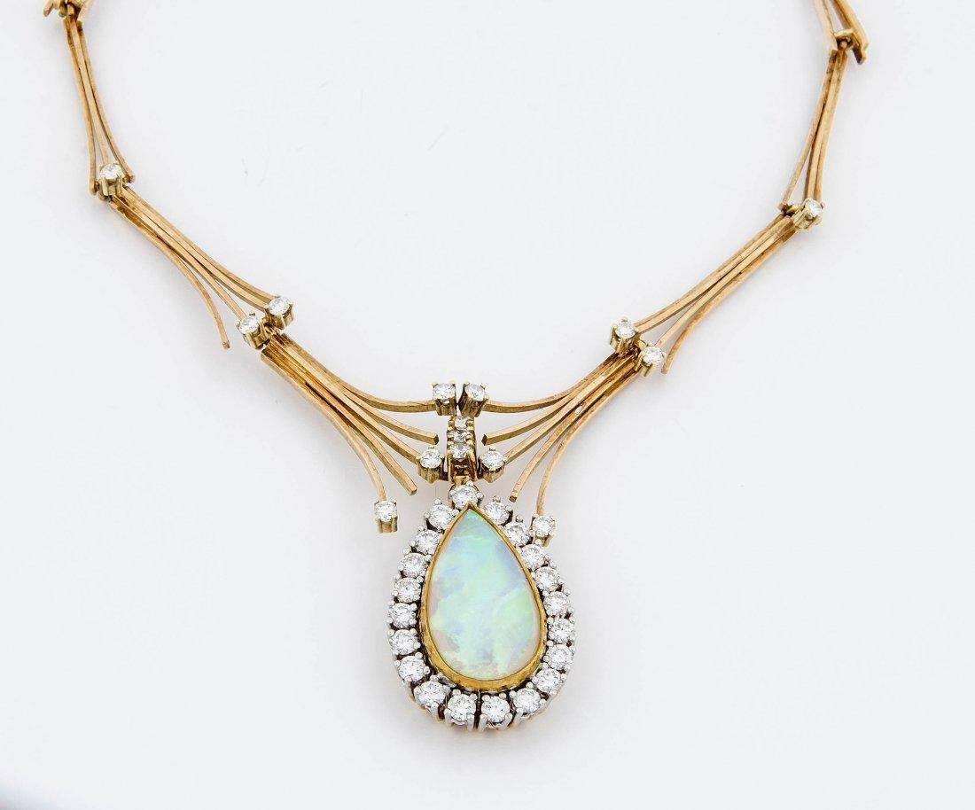 Opal-Brillant-Collier und Ring GG 750/000 Collier mit
