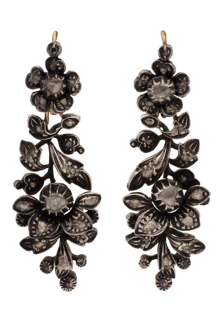Diamonds long earrings, 19th Century Gold with silver