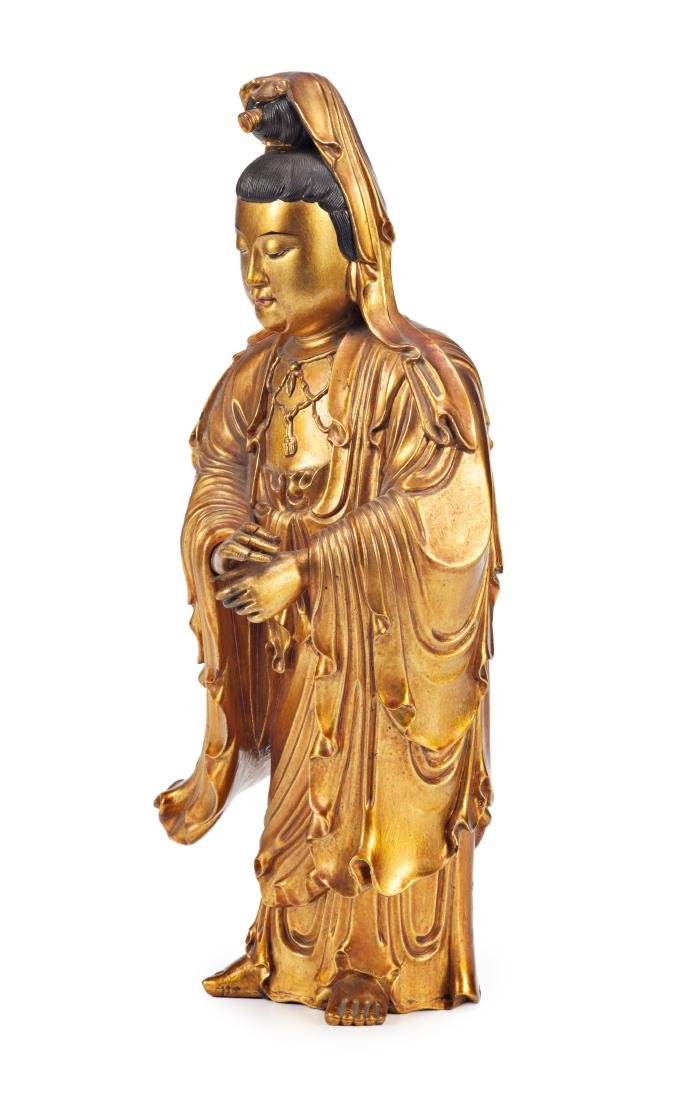 Chinese school, 19th Century Guanyin Lacquered and gilt - 3