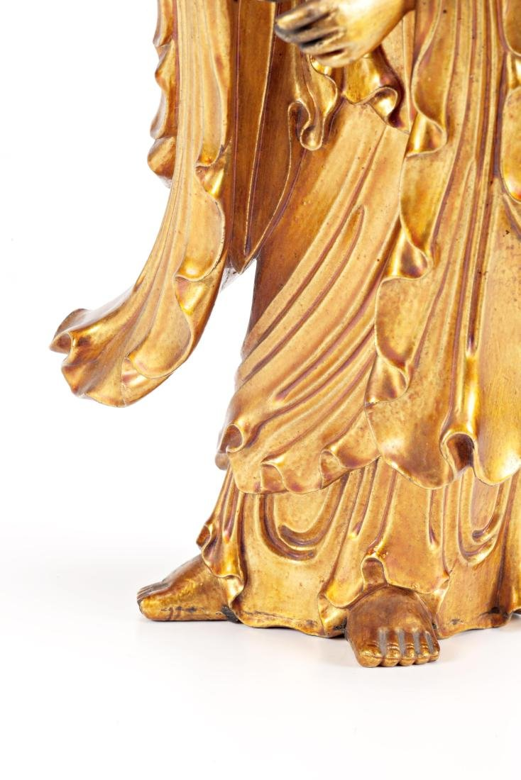 Chinese school, 19th Century Guanyin Lacquered and gilt - 6