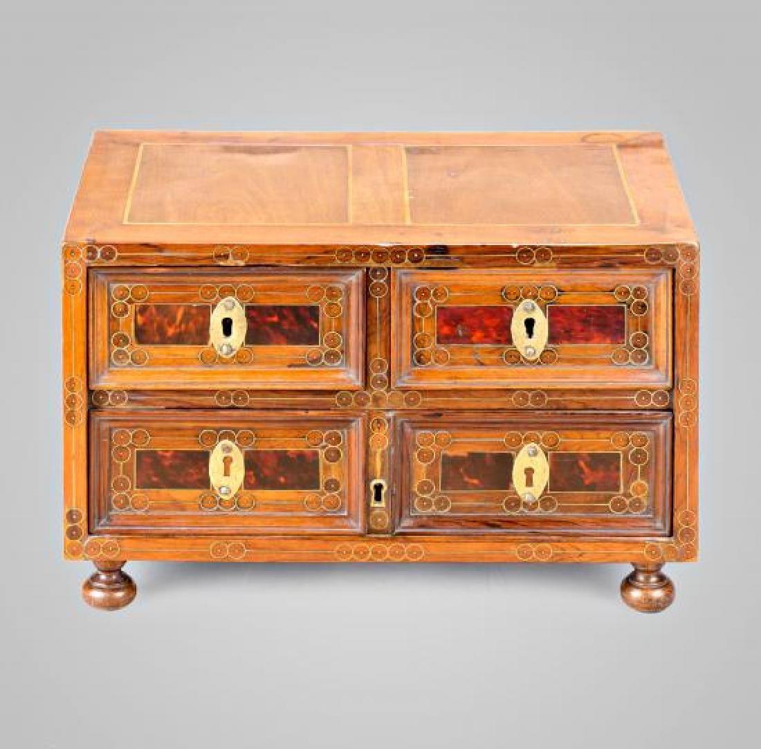 Spanish chest-bin in walnut, boxwood, tortoiseshell and - 2