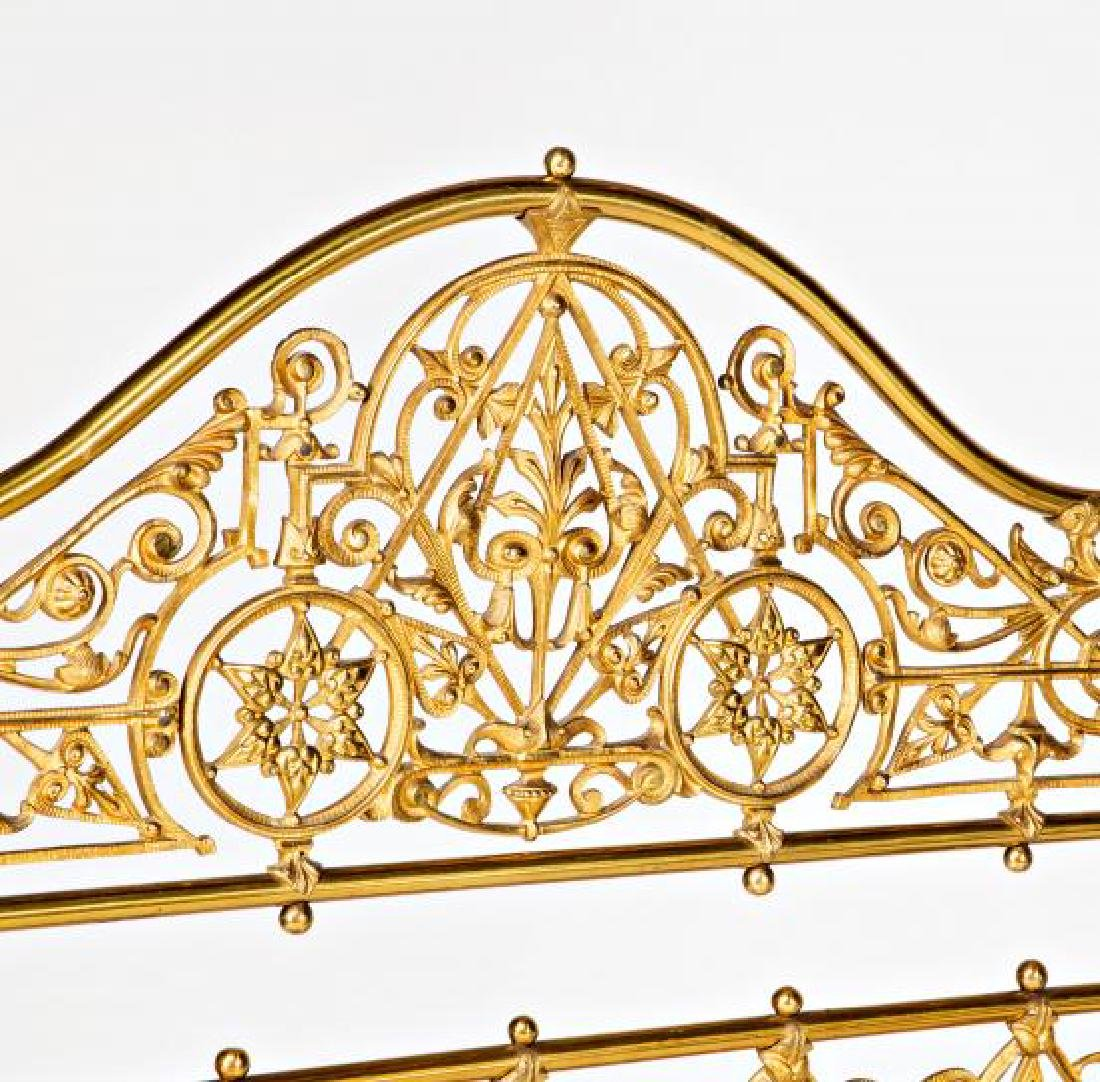 Bed with canopy structure in gilt bronze and brass, - 4