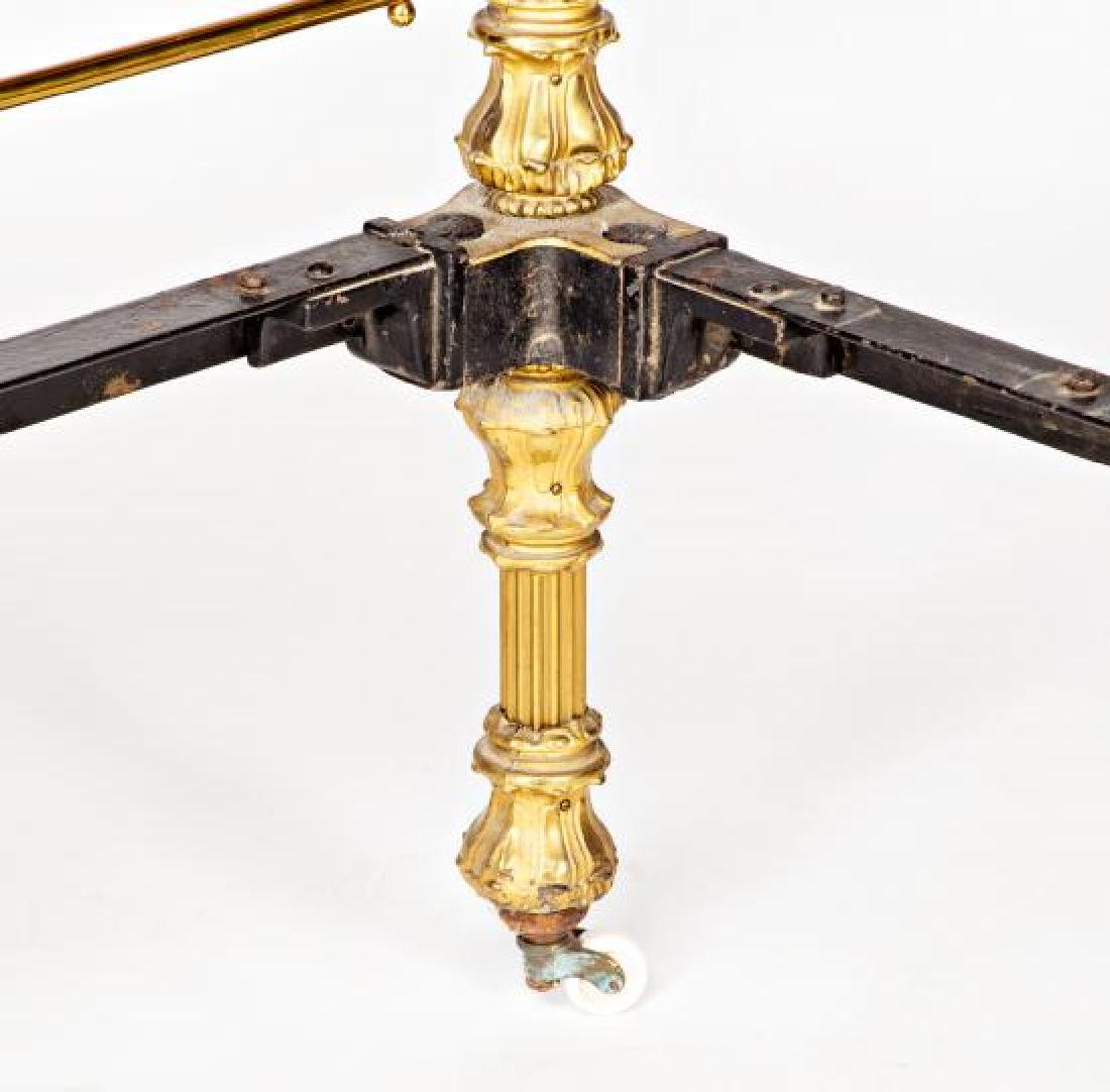 Bed with canopy structure in gilt bronze and brass, - 5