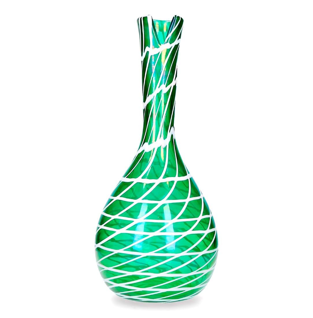 Fulvio Bianconi, Vase, Pearly green glass with