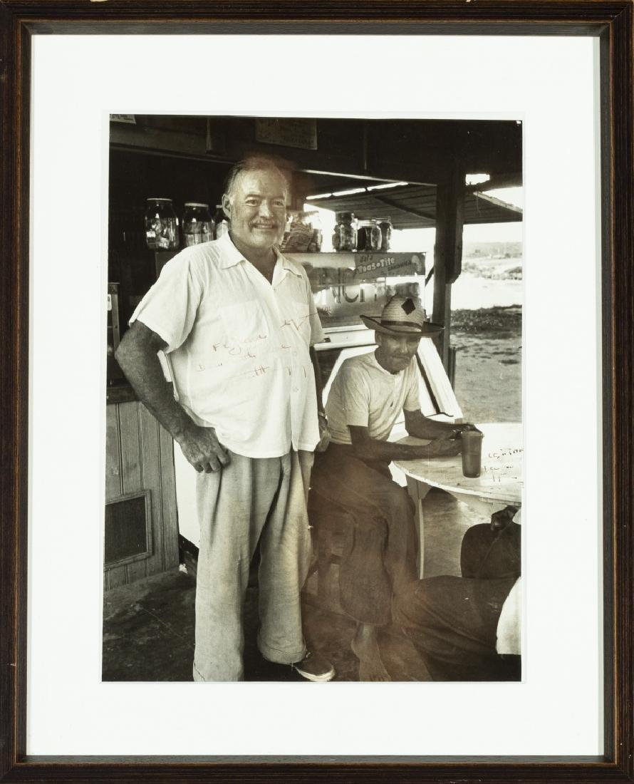 Alfred Eisenstaedt, Ernest Hemingway and a Cuban