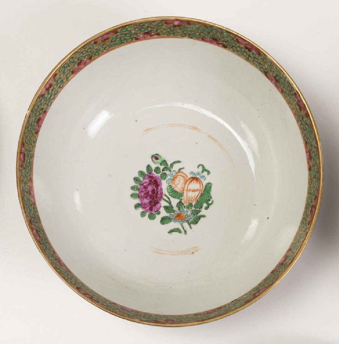 Chinese tableware items in Canton porcelain, 19th - 4