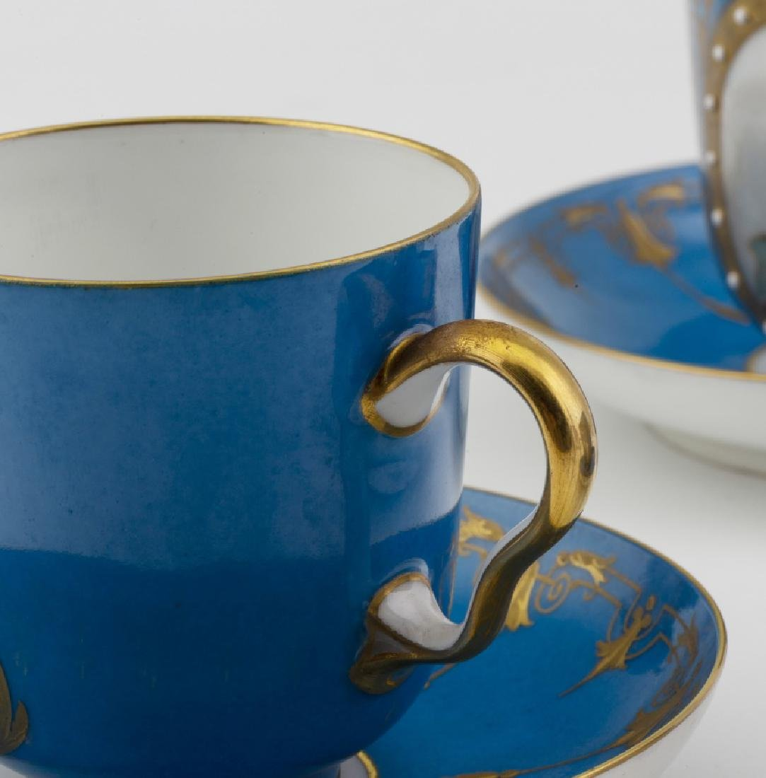 Set of eighteen coffee cups with their saucers in - 2