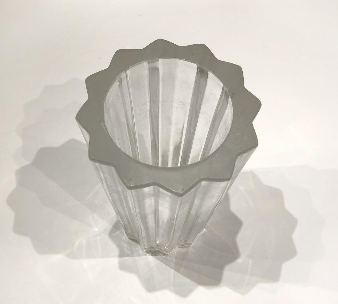 Pair of Glass Plates and One Vase - 5