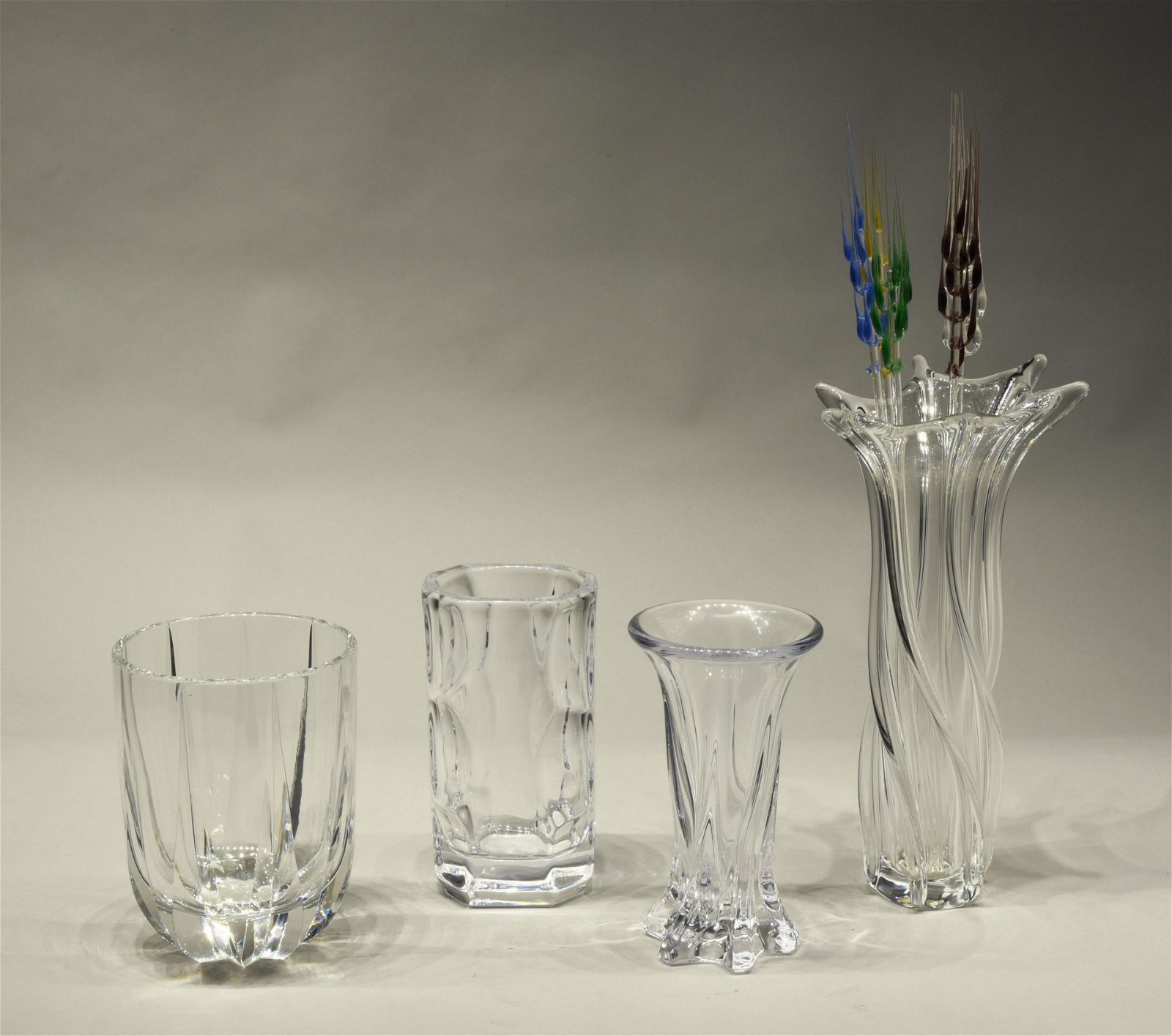 Four Crystal Vases and Four Glass Decorations