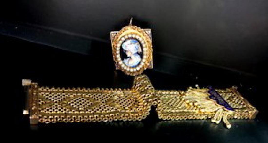 Antique Victorian Bracelet Watch in 14K Gold w.