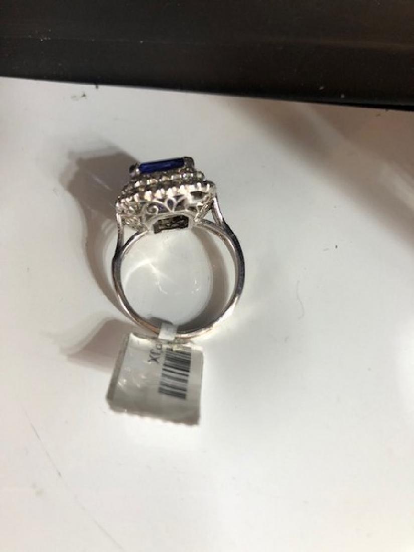Gold GIA Certified Tanzanite Diamond Cocktail Ring - 4